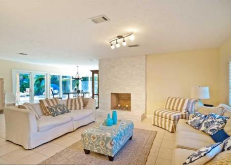 Las Olas Isles Vacation Rental House